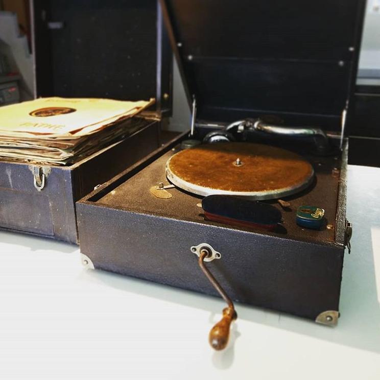 gramophone pathé des années 30 40