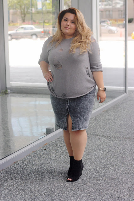 zipped up midi skirt, grey acid wash denim, plus size fashion blogger, natalie craig, natalie in the city, love lianca, distressed sweater, easy sweater, sweater with holes, open toe ankle boots, natalieinthecity.com