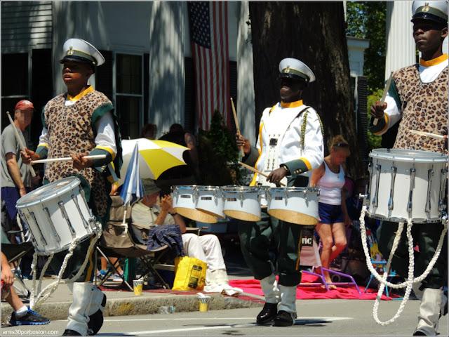 Banda de las Bahamas Desfile del 4 de Julio en Bristol