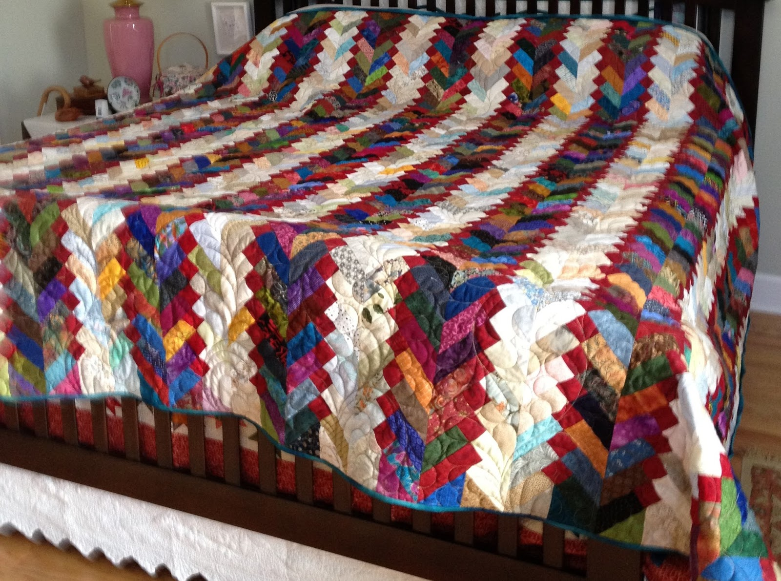 Recently I taught a Texas Braid quilt class, based on the Texas Braid quilt  in Bonnie Hunter's book Adventures in Leaders and Enders.