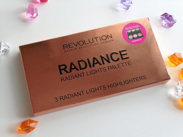 Radiance Palette de Makeup Revolution: Iluminadores al Poder