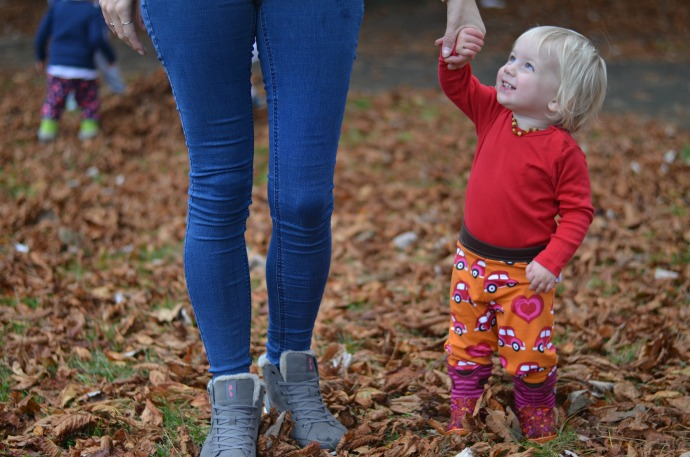 Strive footwear, Autumn activities with kids, maxomorra, mother and daughter