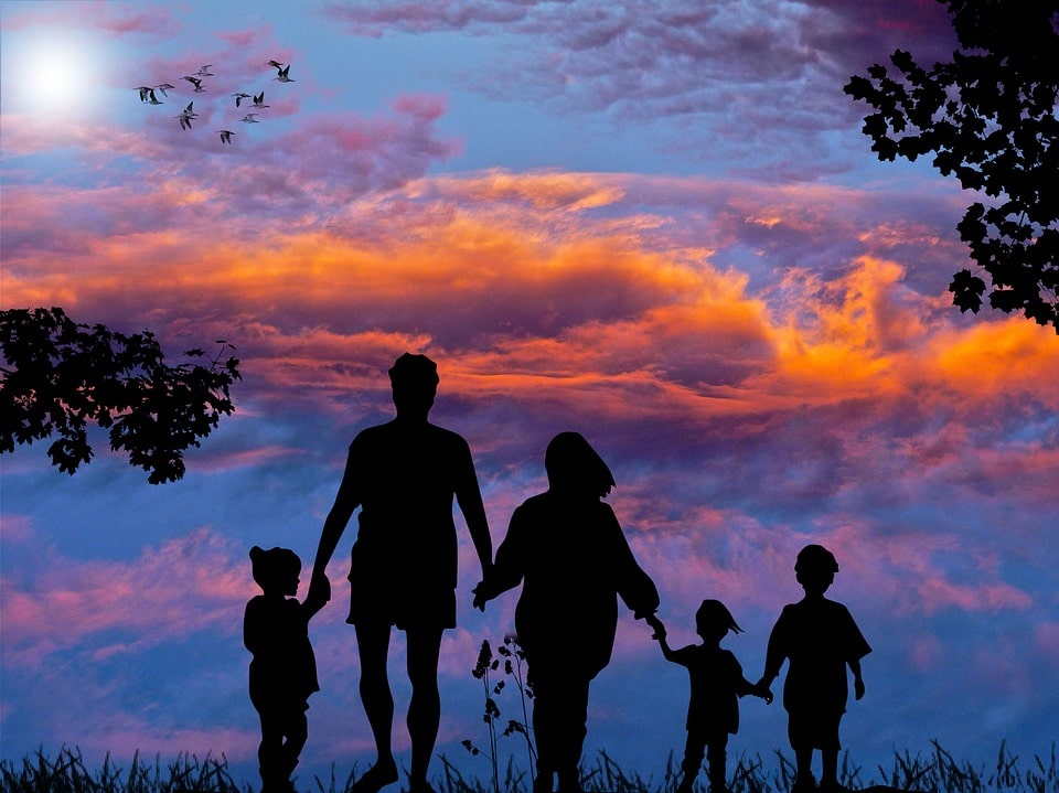 5 Tips To Successfully Travel With Children