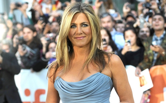 Jennifer Aniston linda
