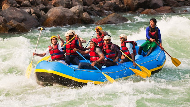 Why River Rafting is must do in Rishikesh