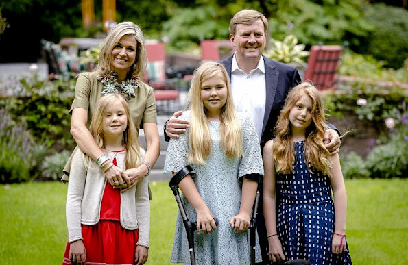 King Willem-Alexander, Queen Maxima, Princess Amalia, Princess Alexia and Princess Ariane at the 2016 Summer photo shoot in Villa Eikenhorst residence of holiday summer dress.