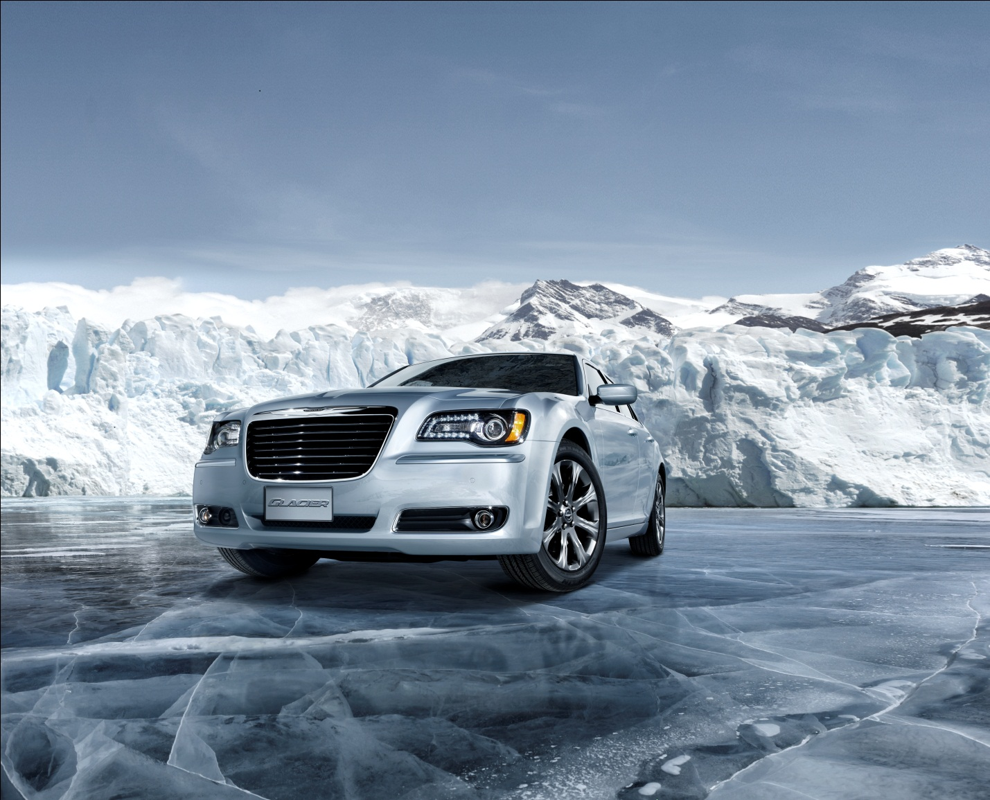 the happy car salesman 2013 chrysler 300 glacier edition first drive and new awd tech demo. Black Bedroom Furniture Sets. Home Design Ideas