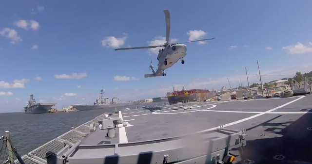 La Armada recibe su primer helicóptero SH-60F en Estados Unidos