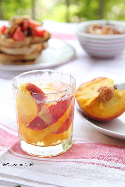 Calamari grigliati con pomodori perini con olive taggiasche