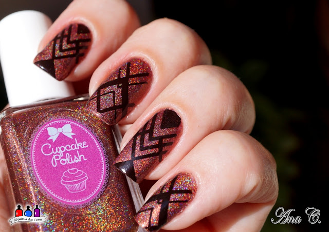 cupcake polish, nut´n better, marrom holográfico, moyou holy shapes 04, whatcha fundue