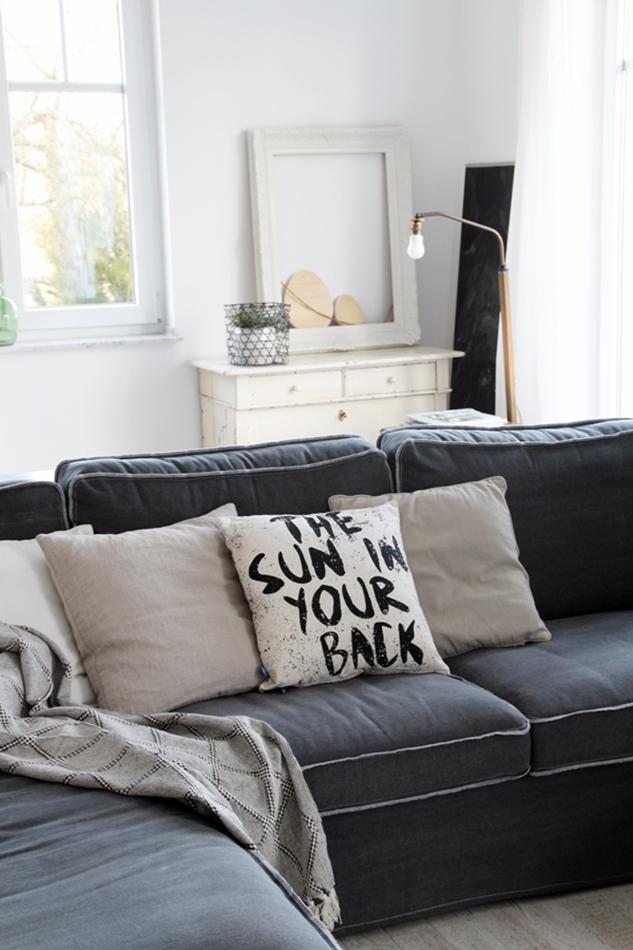 Osterdekoration im Wohnzimmer und Schlafzimmer, dezent Akzente , Kissen HK Living The sun in your back