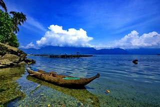 7 Danau Paling Dalam yang Ada di Indonesia
