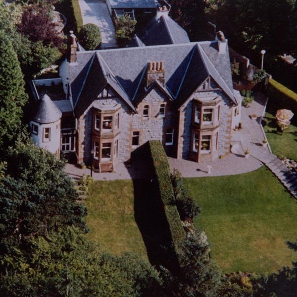luxury housesit