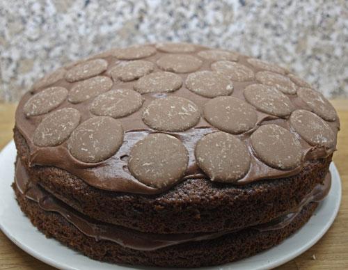 Chocolate Cake Eggs Hot Water Moist Trifle