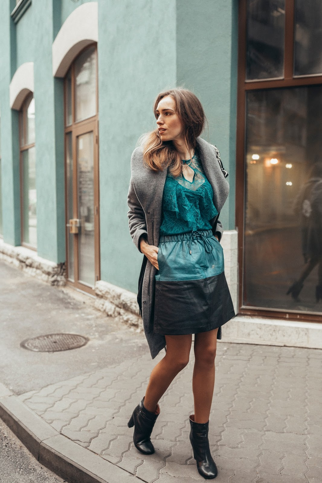 blue lace top leather skirt outfit