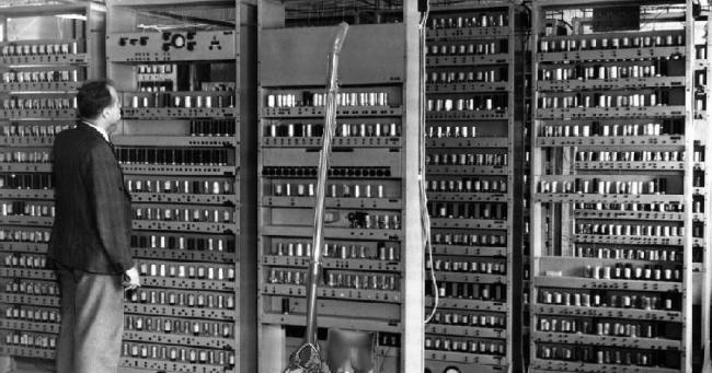 Alt Blog Makalah Generasi Komputer Dari Pertama Sampai Sekarang