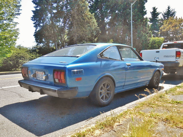seattle 39 s parked cars 1977 toyota corolla sr5 sport coupe. Black Bedroom Furniture Sets. Home Design Ideas