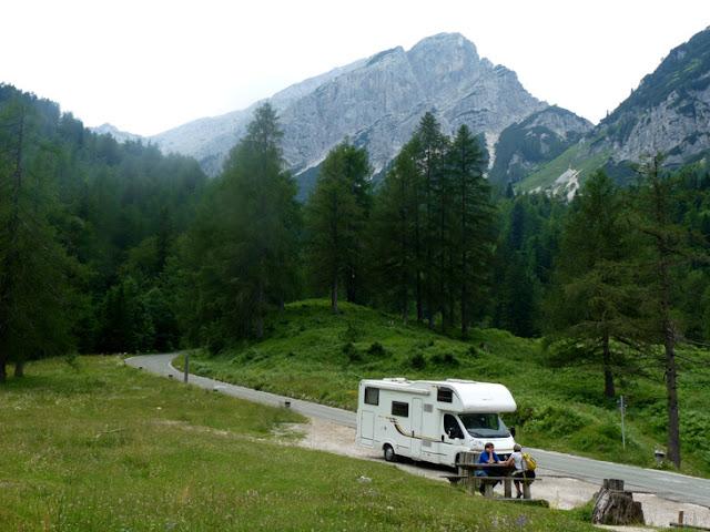 Paso de Vrisic. Eslovenia www.caravaneros.com