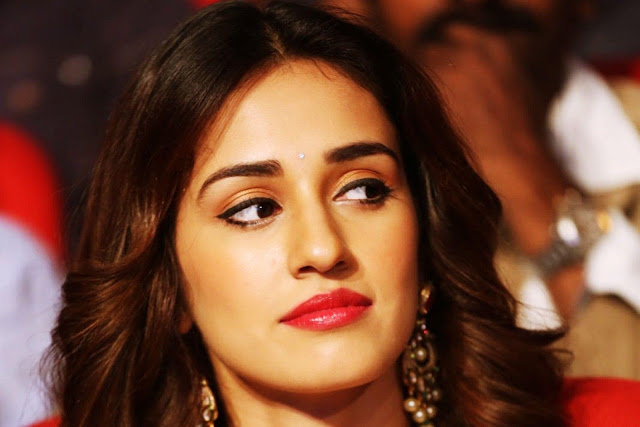 Beautiful actress Disha Patani hd images