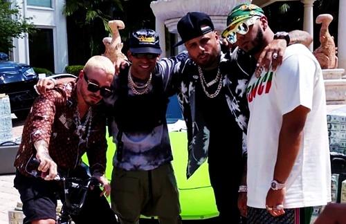 Nicky Jam & Arcangel & J Balvin & Anuel AA - Ven Y Hazlo Tu