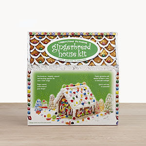 31 Days of Christmas Parties: Christmas Party #1: Gingerbread House