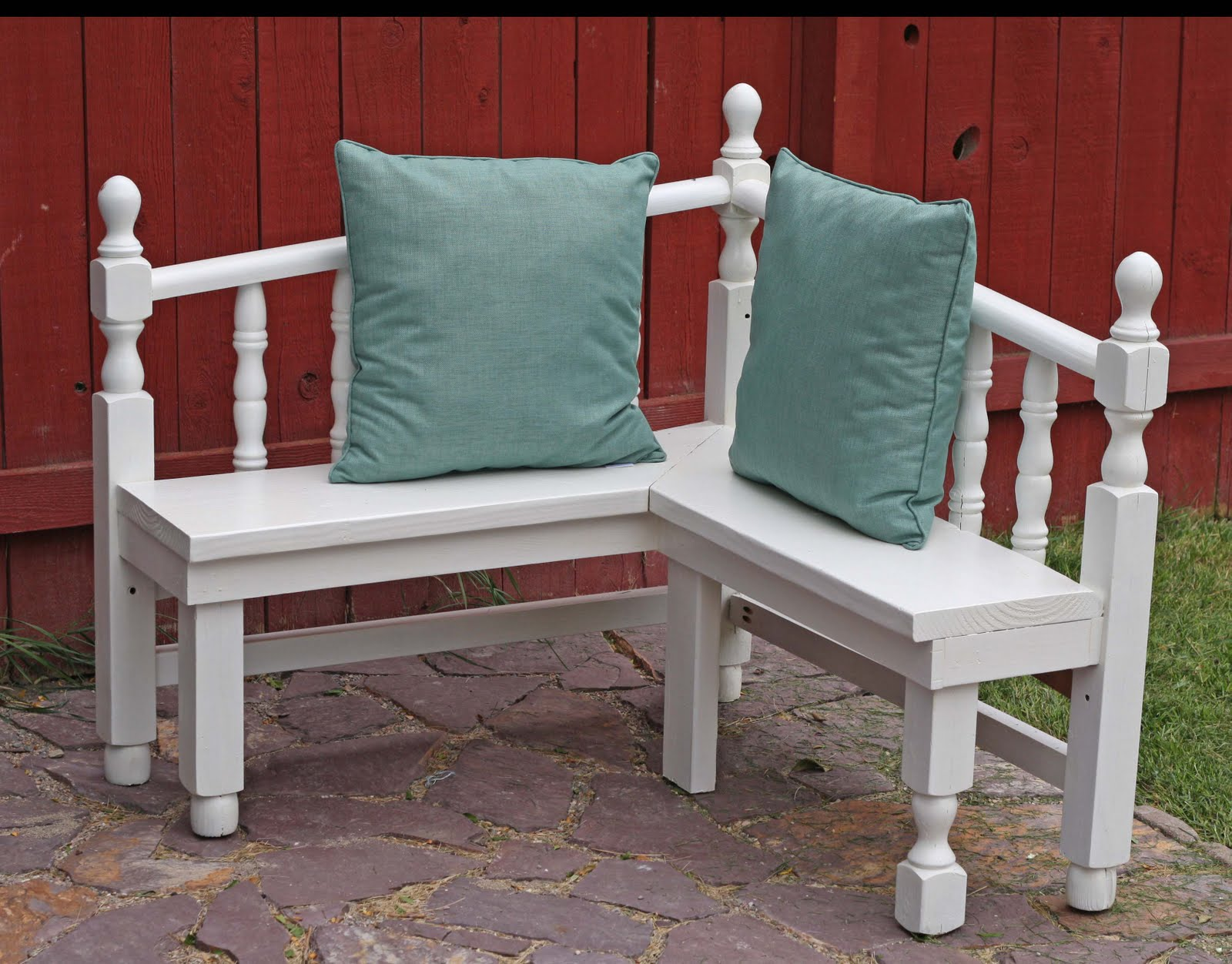 Corner Bench From Head And Foot Boards