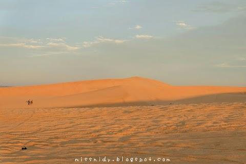 Mengejar Matahari ke White Sand Dunes Mui Ne