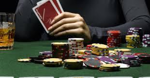 Trik Bermain Poker Layaknya Pemain Poker Profesional