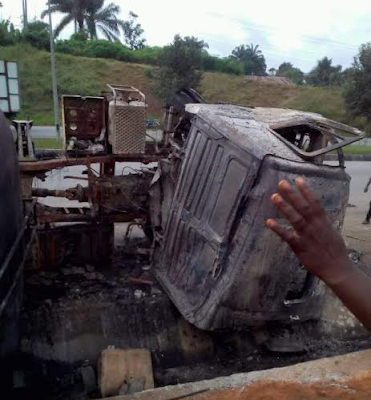 So Sad: Petrol tanker kills six in Akwa Ibom, some burnt beyond recognition( PHOTOS)