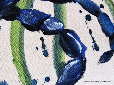 painting blue crab on fabric