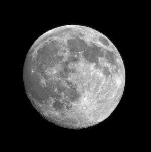نصائح لتصوير القمر