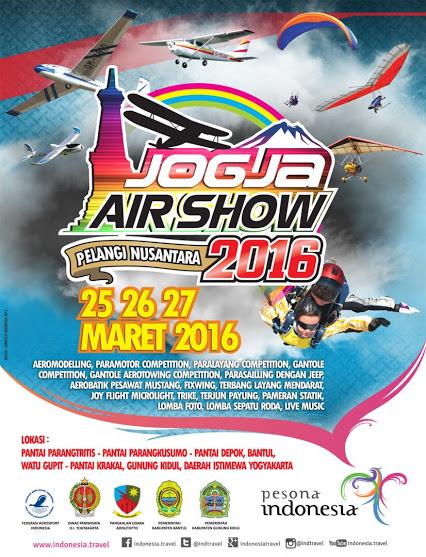 Aksi Yogya Air Show Pelangi Nusantara 2016 atraksi Aeromodeling,paramotor competition,paralayang,gantole,gantole aerotowing,para sailling dengan jeep, aerobatik pesawat mustang
