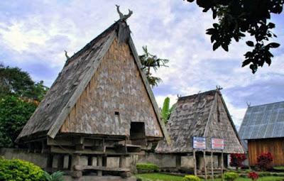 Desain Asli Rumah Adat Sulawesi Tengah