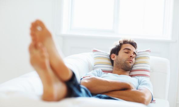 nah kita ulas aja yuk panjang lebar disini 7 Manfaat Kesehatan Mendengarkan Musik Favorit Anda