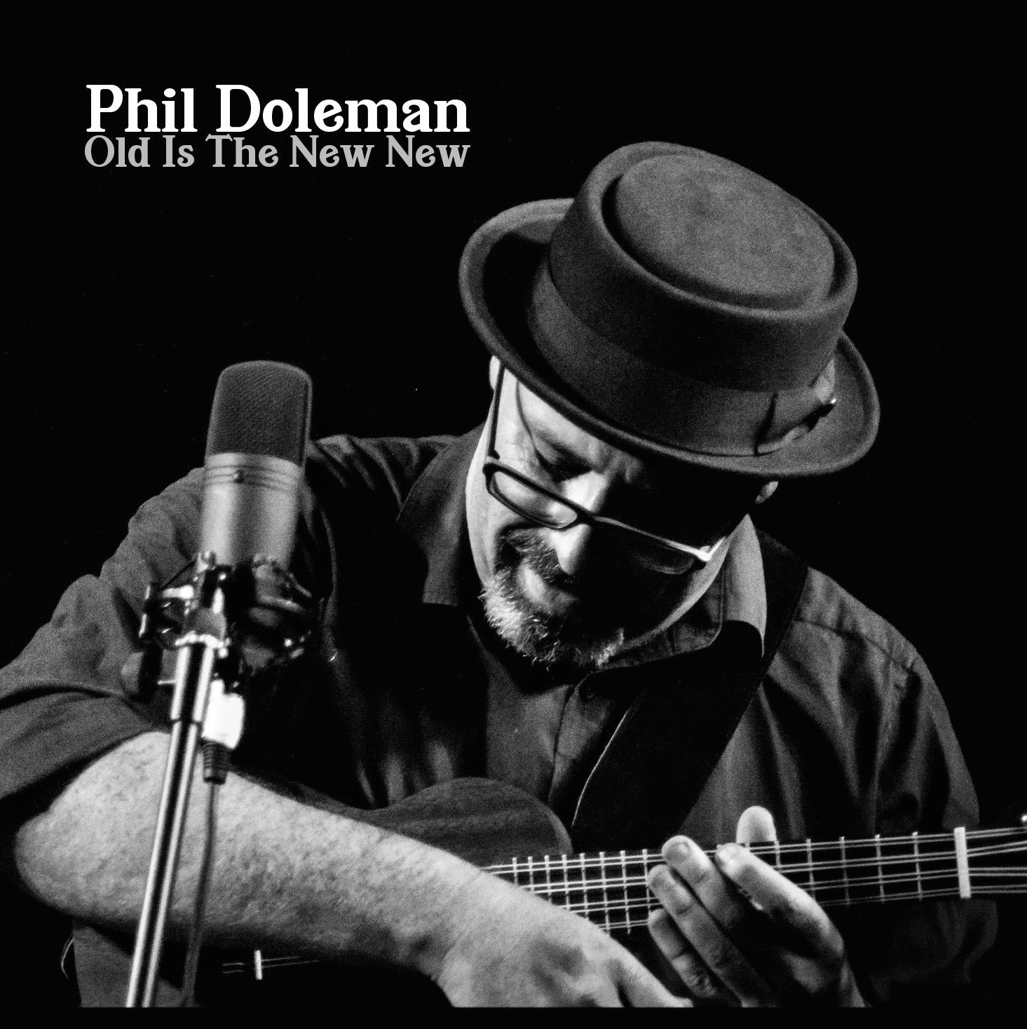 Phil Doleman EP Old Is The New You - ukulele player