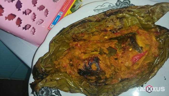 Resep cara membuat pepes ikan lele belimbing wuluh