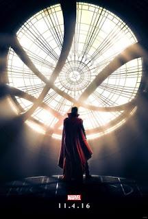 """Nous l'attendions tous avec impatience et le voila enfin, il est la, si si je vous assure... le premier teaser du film Doctor Strange est arrivé!!!!!!!!!!      Le film qui sortira sur nos écrans le 26 octobre, sera réalisé par Scott Derrickson avec dans le rôle titre Benedict Cumberbatch, Chiwetel Ejiofor sera le Baron Mordo, Tilda Swinton jouera """"The Ancient One""""."""