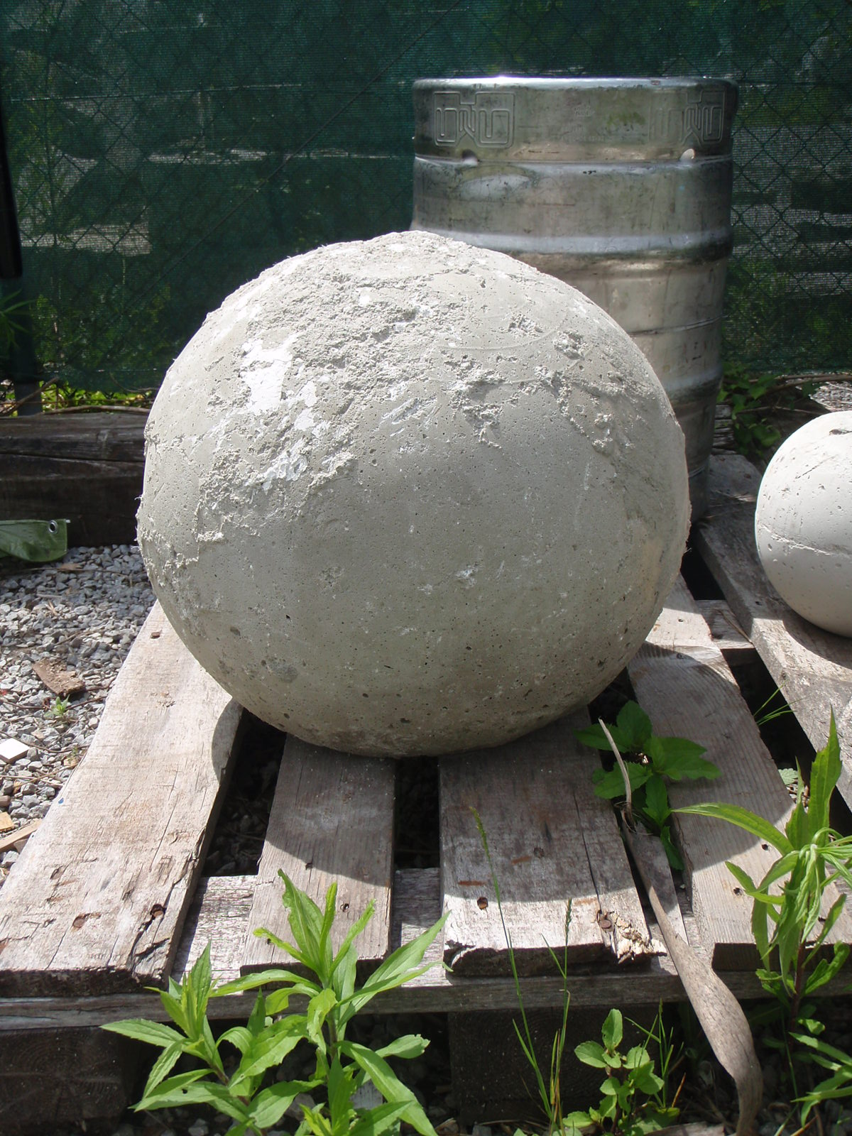 eisen hans deutsch einen atlas stone aus beton gie en. Black Bedroom Furniture Sets. Home Design Ideas
