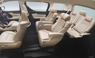 Interior Toyota Alphard 2,5L