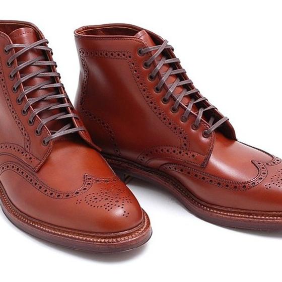 力群男士西服-禮服訂製: 復古雕花牛津鞋重新定義
