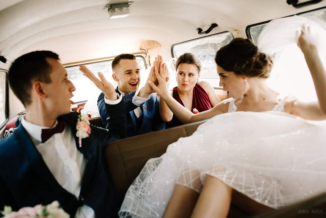 kāzu svinības auto
