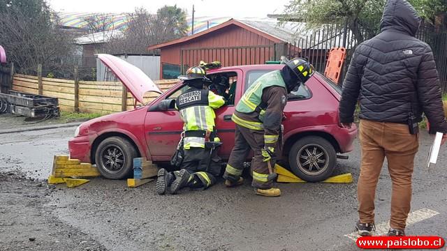 Osorno: Accidente de tránsito dejó un voluntario de Bomberos lesionado🚒