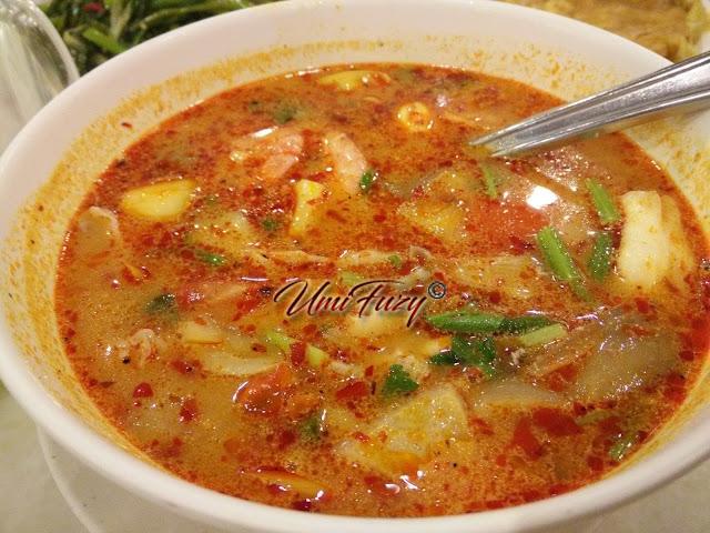 Makan Malam di Sara Thai Kitchen, Kuantan