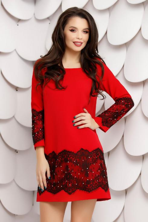 Rochie scorta de ocazii rosie cu dantela neagra aplicata si cristale