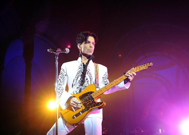 Prince será homenajeado durante los BET Awards 2016.