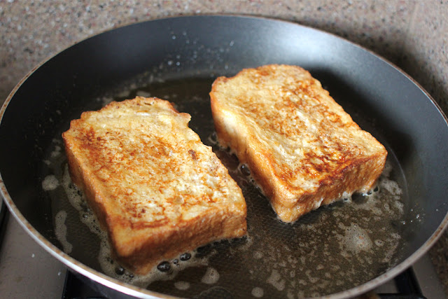 Food Endeavours Of The Blue Apocalypse French Toast With