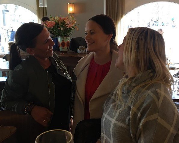 Princess Sofia of Sweden and her friends got together for a lunch at Strandvagen 1 Restaurant in Östermalm. maternity dress
