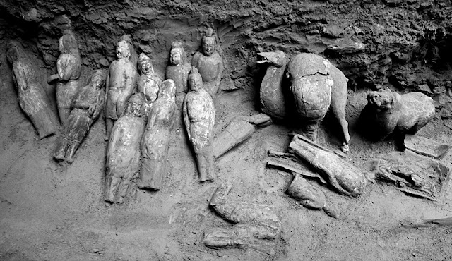 Ancient tomb of Chinese general and princess filled with figurines