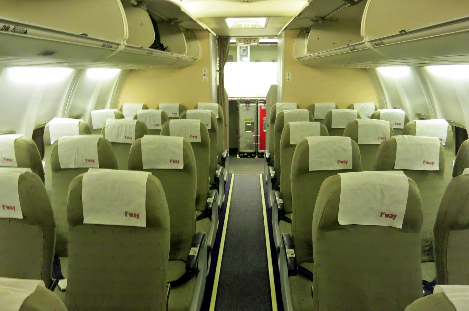T'Way Air Boeing 737-800 Cabin Interior and Seating
