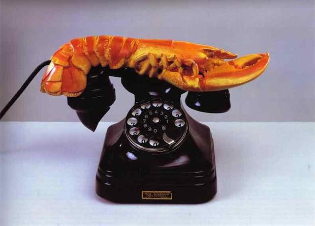 巨大な目のオブジェ?ロブスターの電話?天才ダリの作品の不思議な作品5つ【a】 ロブスター電話